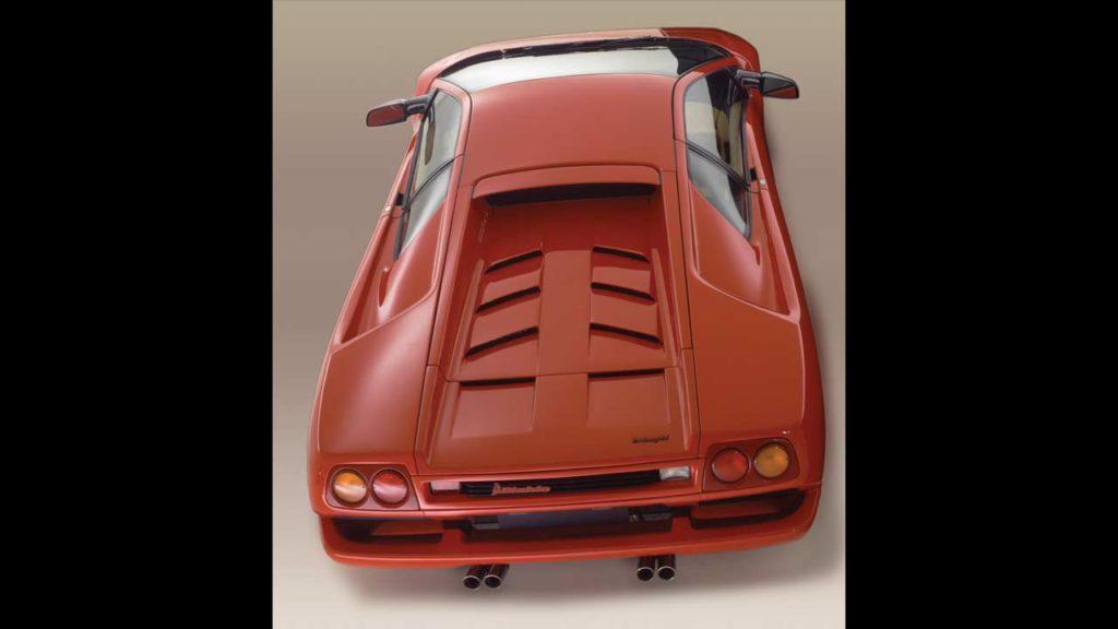 1990-Lamborghini-Diablo_rear_top