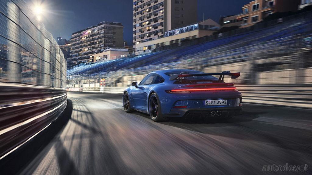 2021-Porsche-911-GT3_4