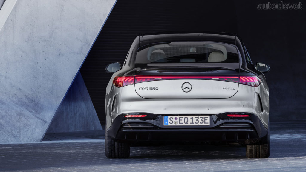 Mercedes-Benz-EQS-580-4Matic-Edition-One_rear