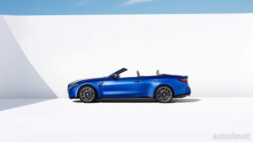 2022-BMW-M4-Competition-Convertible_side_roof_down