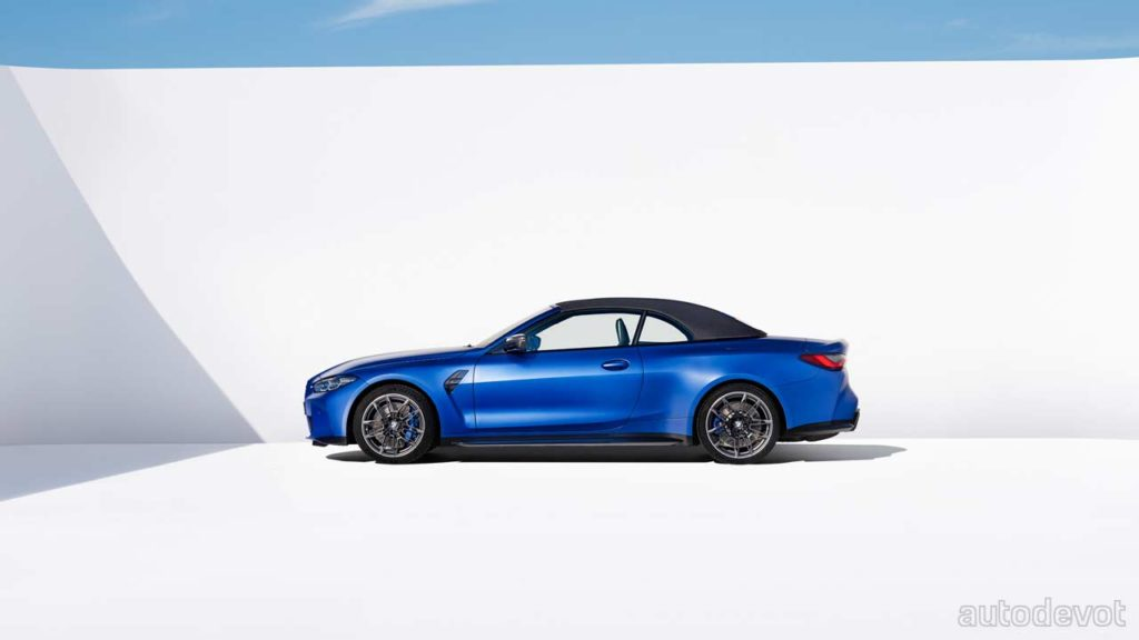 2022-BMW-M4-Competition-Convertible_side_roof_up