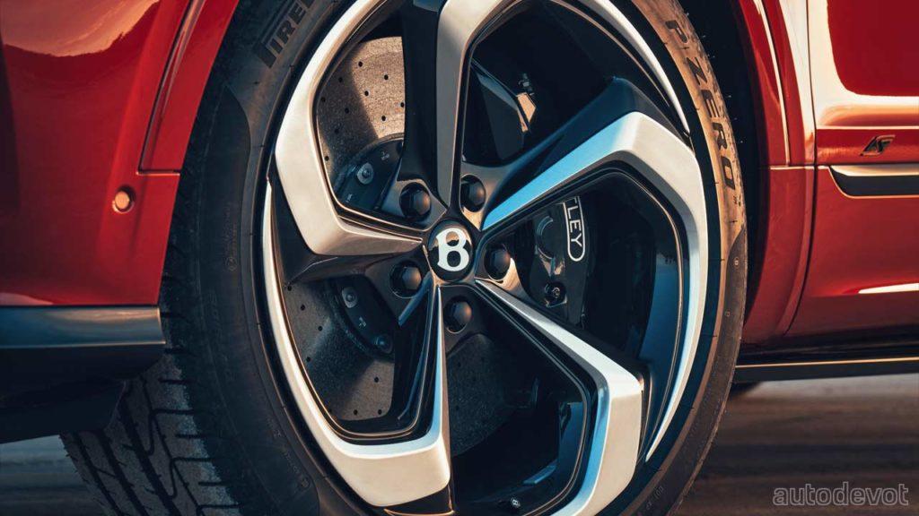 2022-Bentley-Bentayga-S_wheels