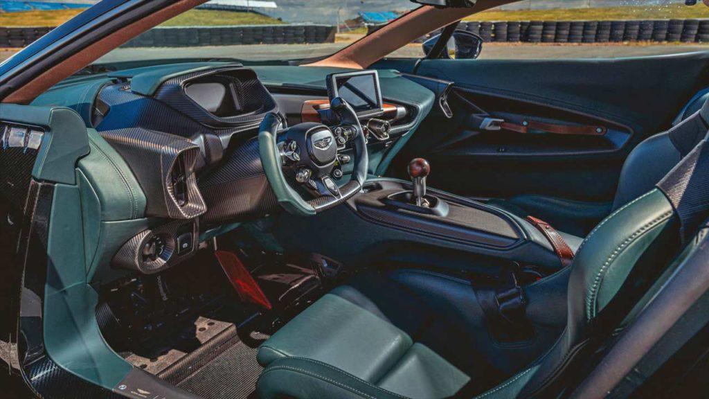 Aston-Martin-Victor-one-off_interior