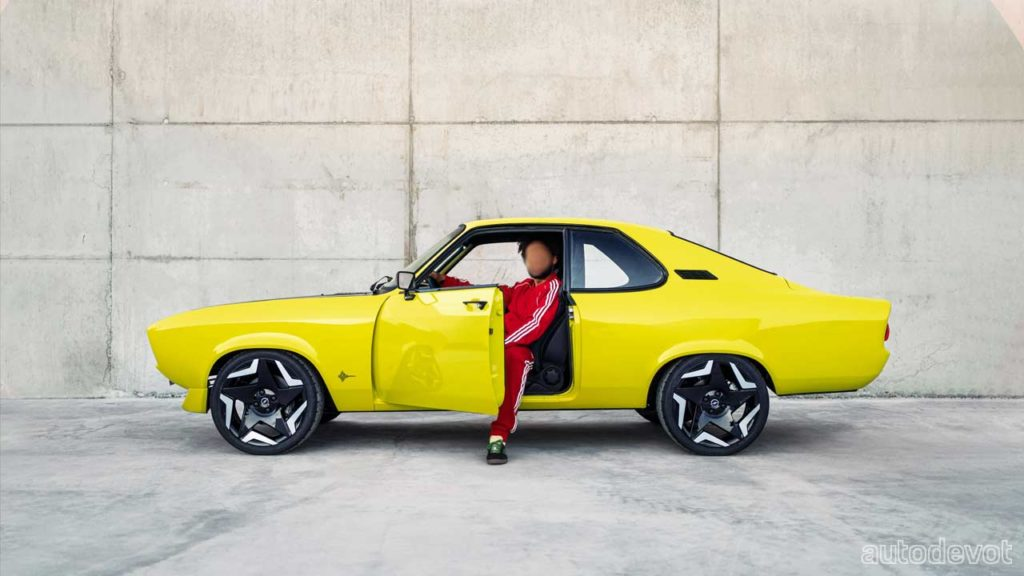 Opel-Manta-GSe-ElektroMOD_side