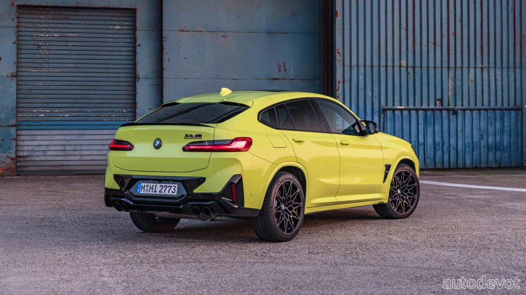 2022-BMW-X4-M-Competition_3