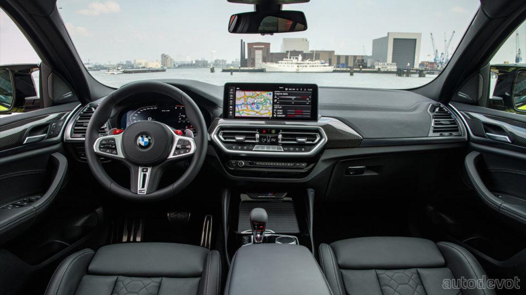 2022-BMW-X4-M-Competition_interior