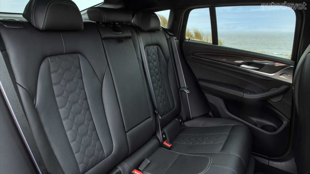 2022-BMW-X4-M-Competition_interior_rear_seats