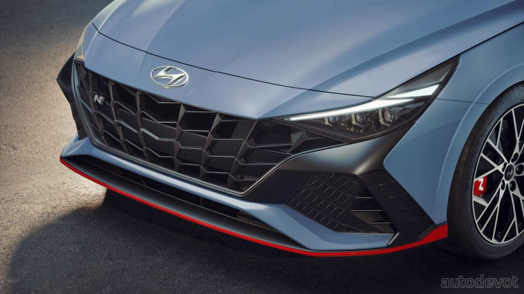 2022-Hyundai-Elantra-N_front_fascia_headlights