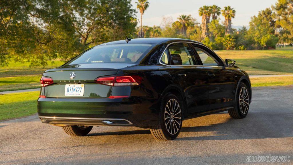 2022-Volkswagen-Passat-Limited-Edition_3