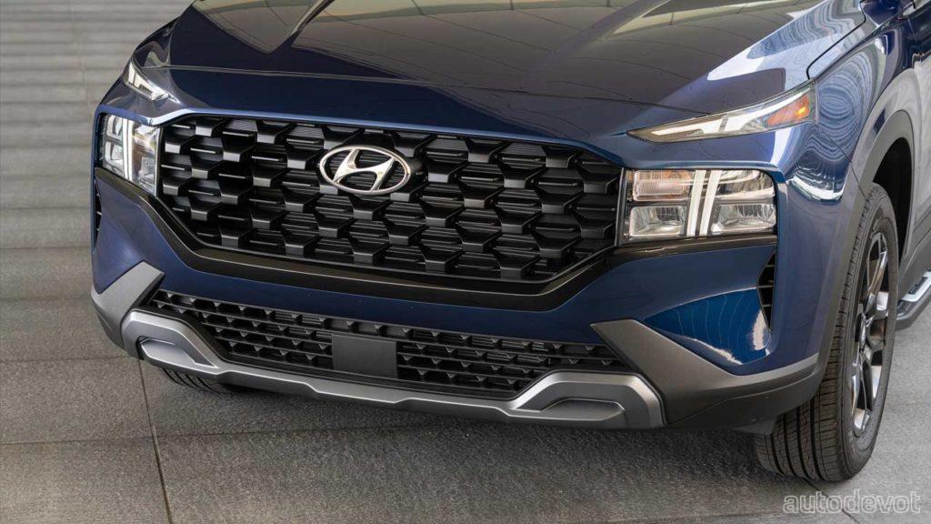 2022-Hyundai-Santa-Fe-XRT_headlights_front_bumper