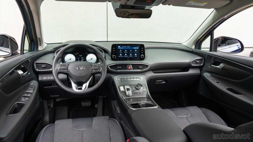 2022-Hyundai-Santa-Fe-XRT_interior